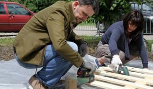 KROK I – Szlifowanie drewnianych palet